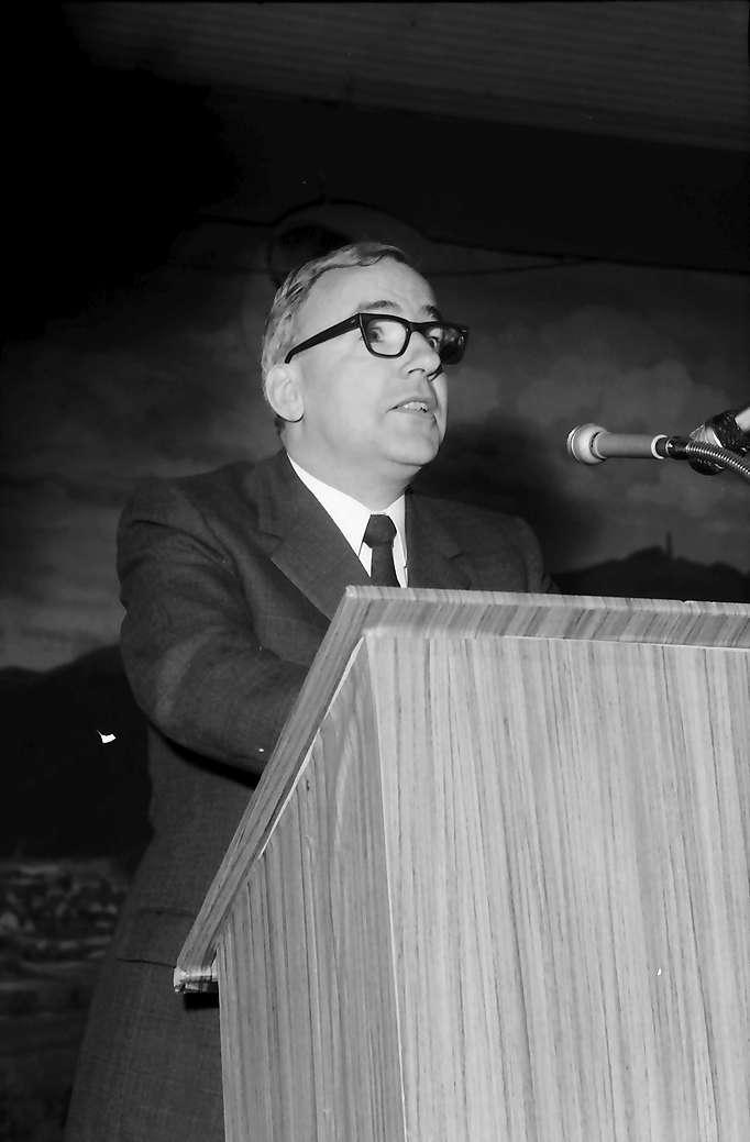 Hausen: Kurt Marti, Hebelpreisträger 1972, Bern, Ansprache - Dank, Bild 1