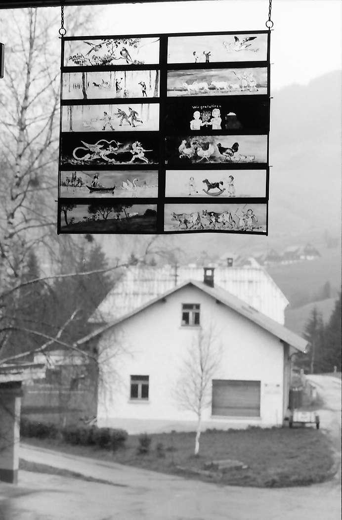 Bernau: Museum, Vignetten am Fenster, Bild 1