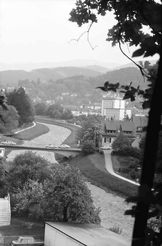 Freiburg: Ebneter Brücke, B 31, Richtung Littenweiler, Bild 1