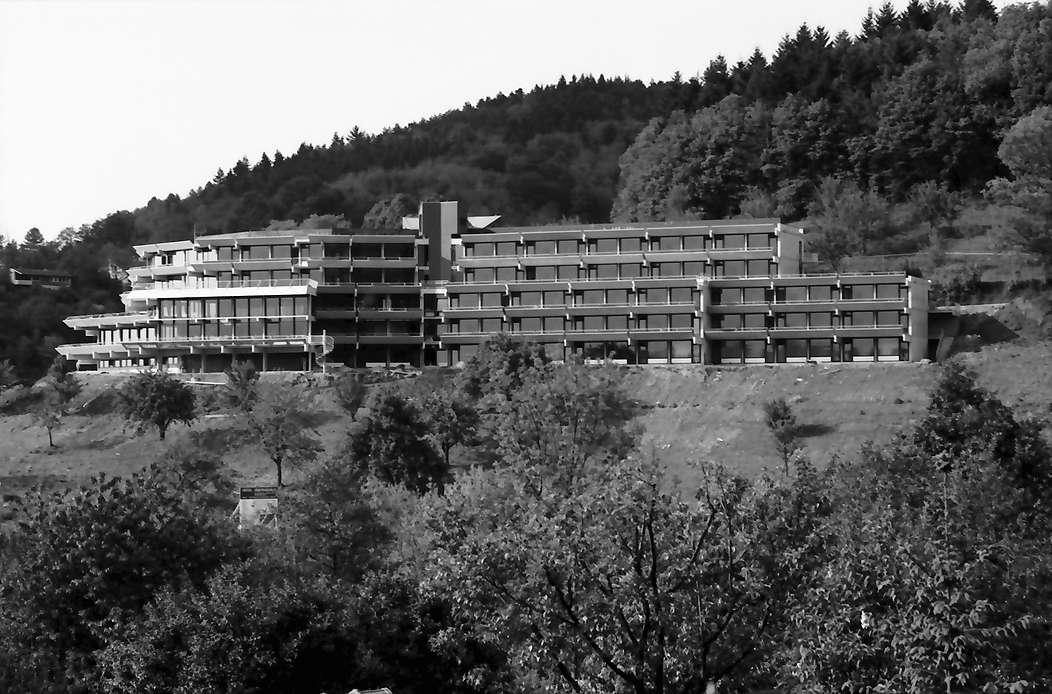 Freiburg, Herdern: Hotel Jägerhäusle von der Eichhalde, Bild 1