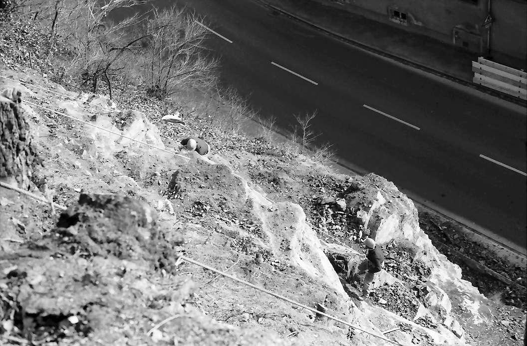 Freiburg, Ebnet: Felsbefestigungsarbeit, Bild 1