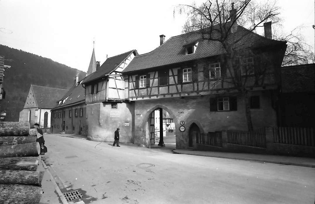 Blaubeuren: Kloster von der Straße, Bild 1