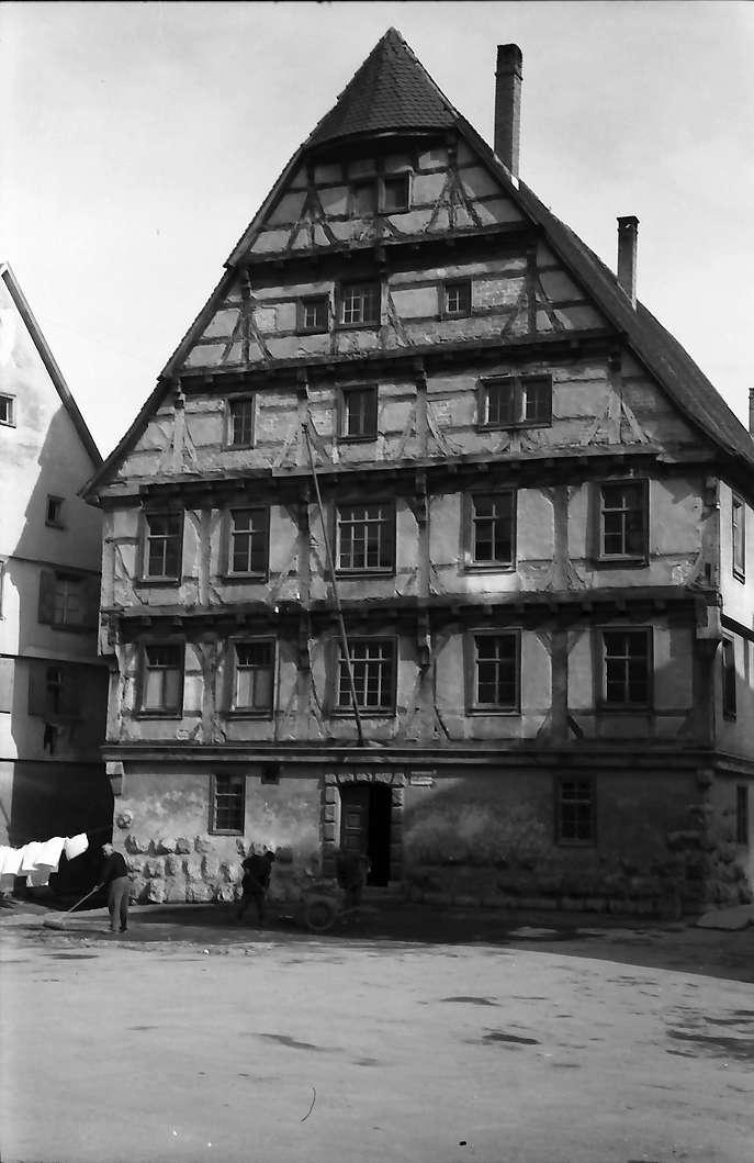 Ehingen: Altes Fachwerkhaus, Bild 1