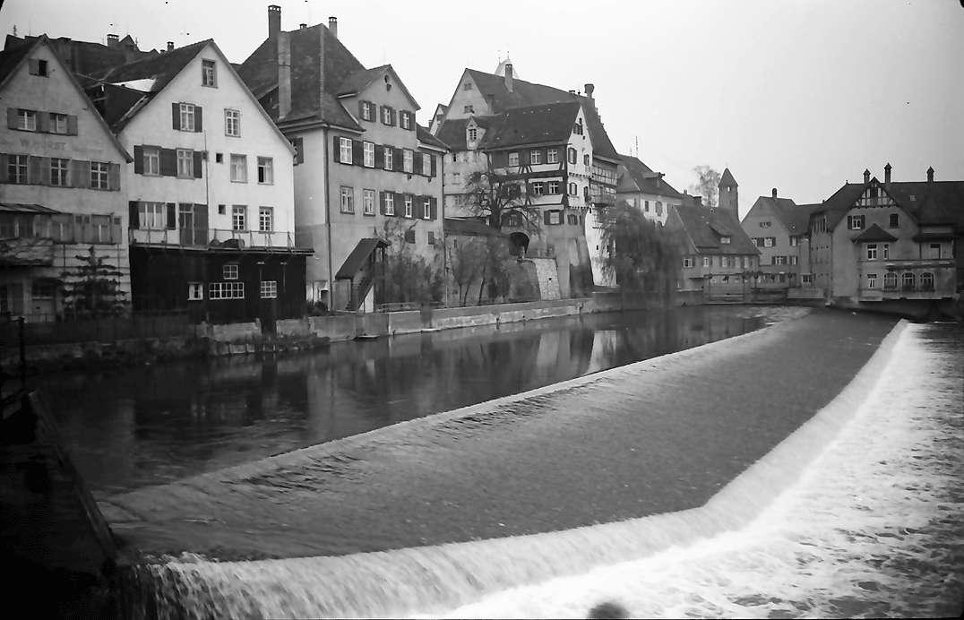 Riedlingen: Blick auf Wehr mit Häuserfront, Bild 1