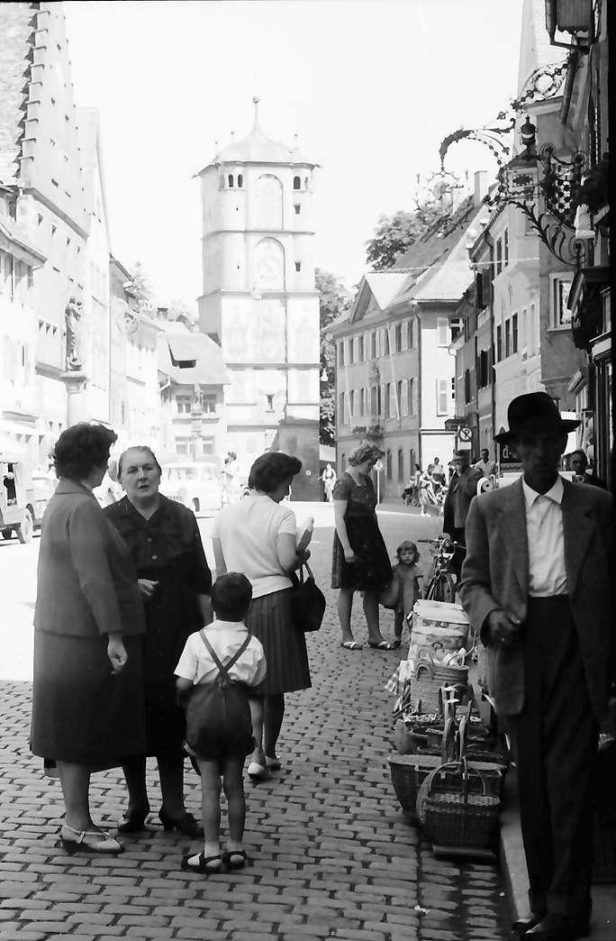 Wangen im Allgäu: Ravensburger Tor, von der Herrenstraße, Bild 1