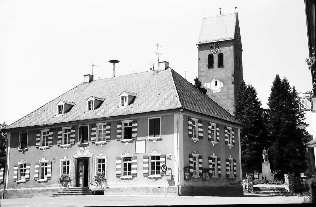 Eglofs: Rathaus und Kirche, Bild 1