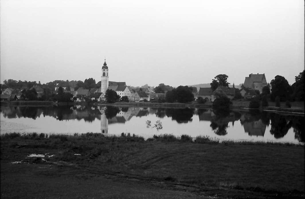 Kißlegg: See mit Ort und Schloss, Bild 1