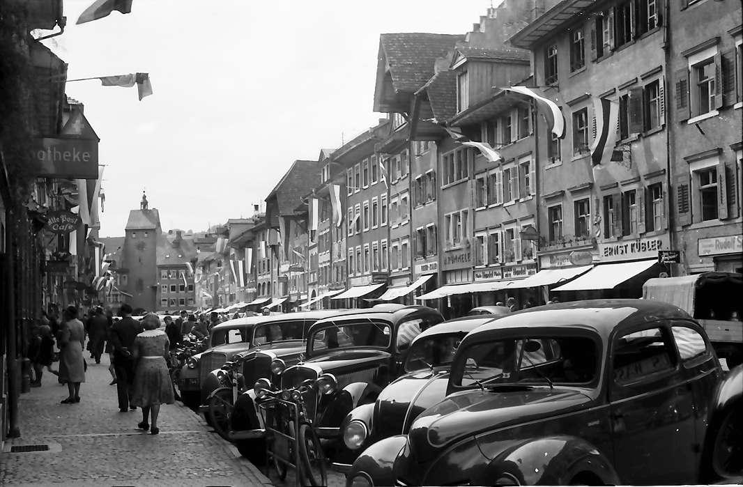 Waldshut: Hauptstraße mit Westtor, Bild 1