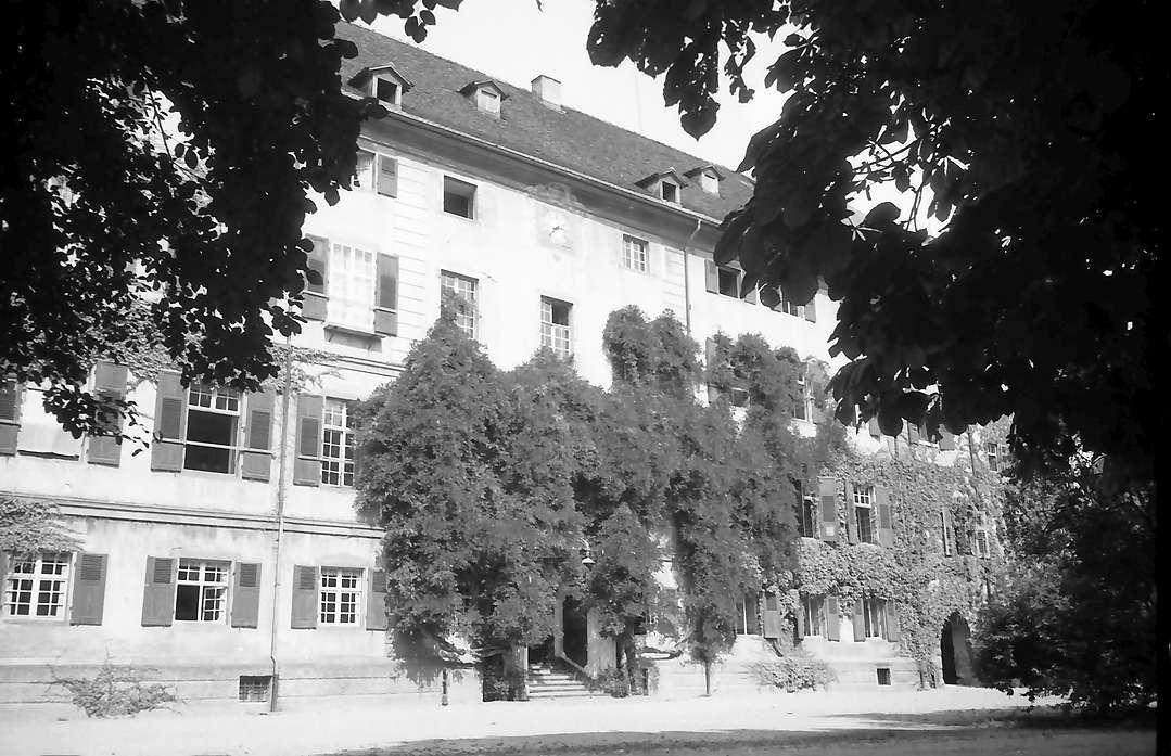 Beuggen: Außenansicht des Schlosses, Bild 1
