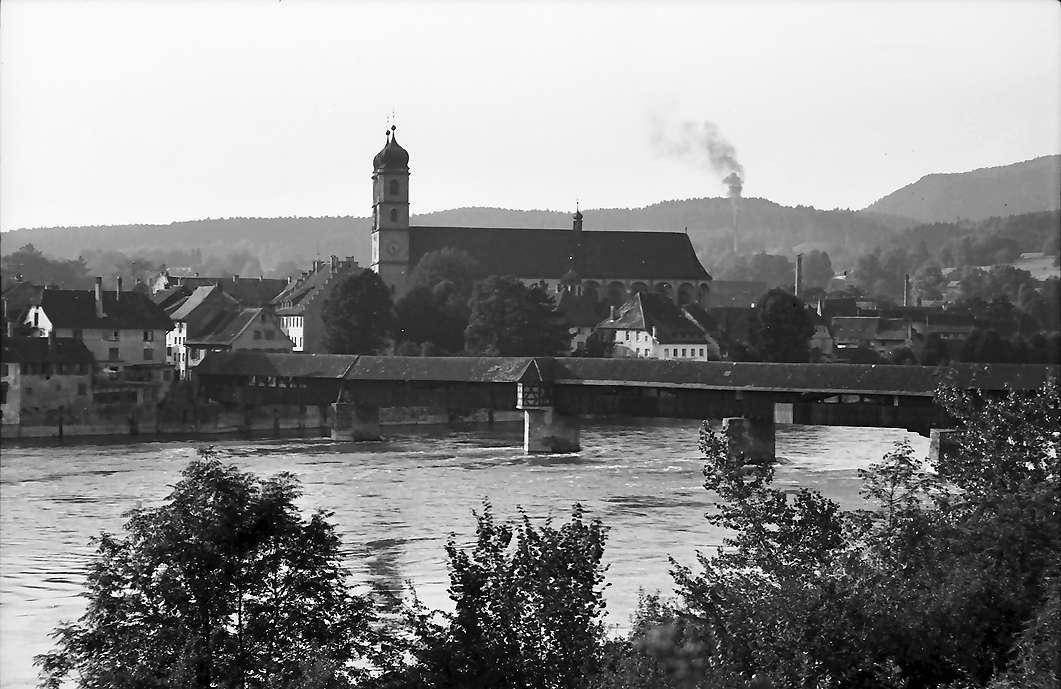 Bad Säckingen: Münster, Rhein und alte Holzbrücke, Bild 1