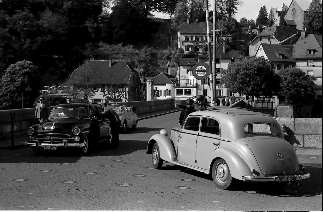 Laufenburg: Schweizer Zoll an der Brücke, Bild 1