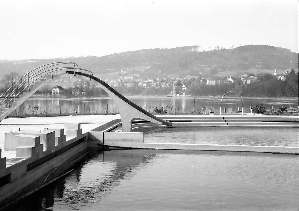 Waldshut: Schwimmbad mit Wasserrutschbahn, Bild 1