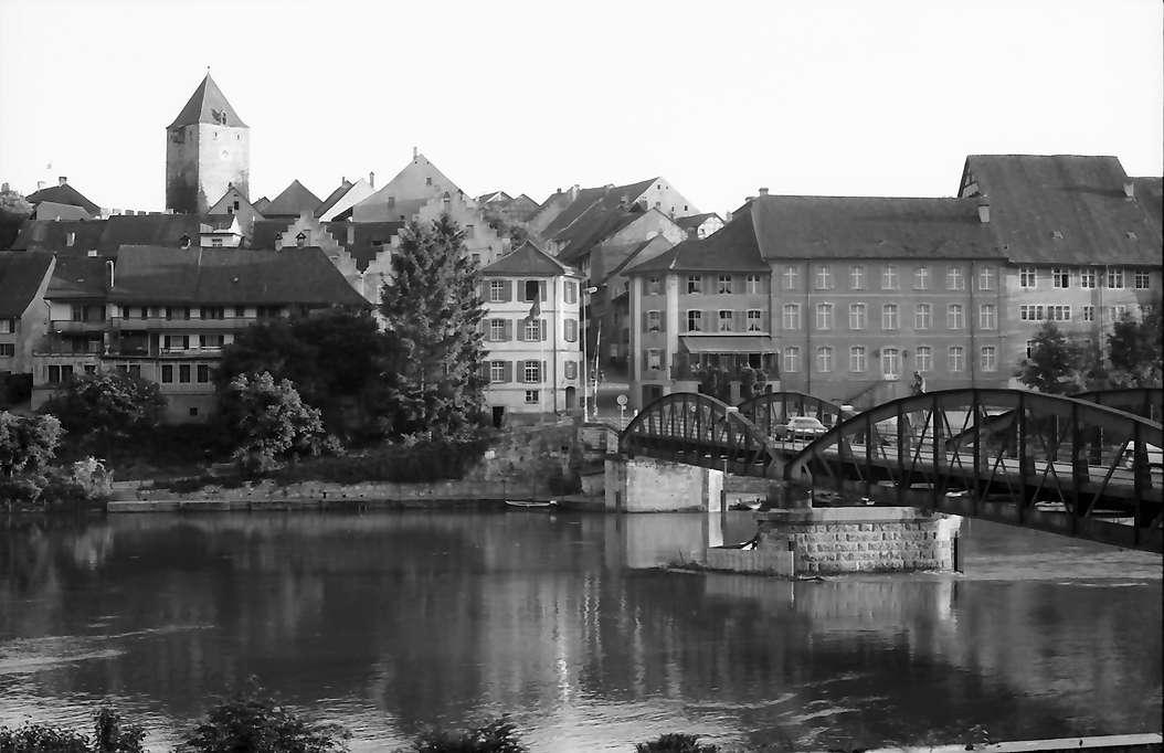 Hohentengen: Blick über den Rhein auf Kaiserstuhl (Schweiz), Bild 1