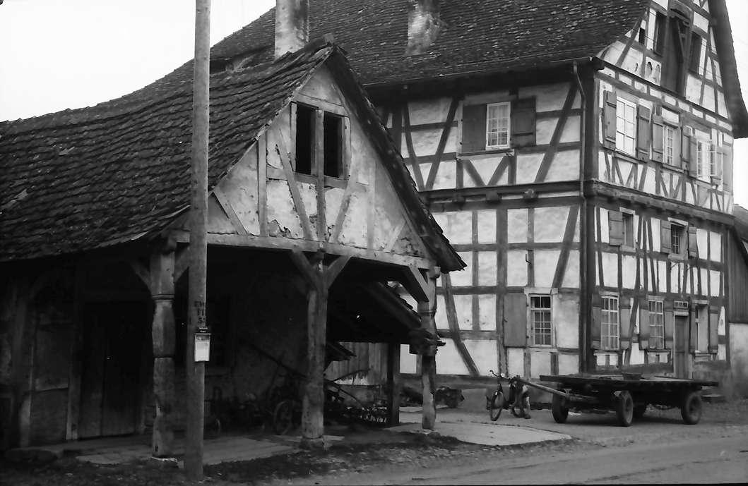 Büsingen: Alte Schmiede und Fachwerkhaus, Bild 1