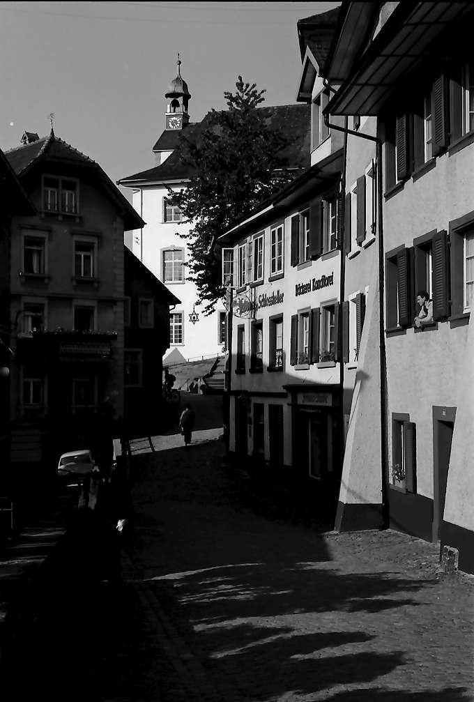 Laufenburg: Gasse zur Stadt, Schweizer Seite, Bild 1