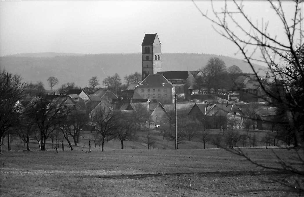 Hochsal: Blick auf Ort und Kirche, Bild 1