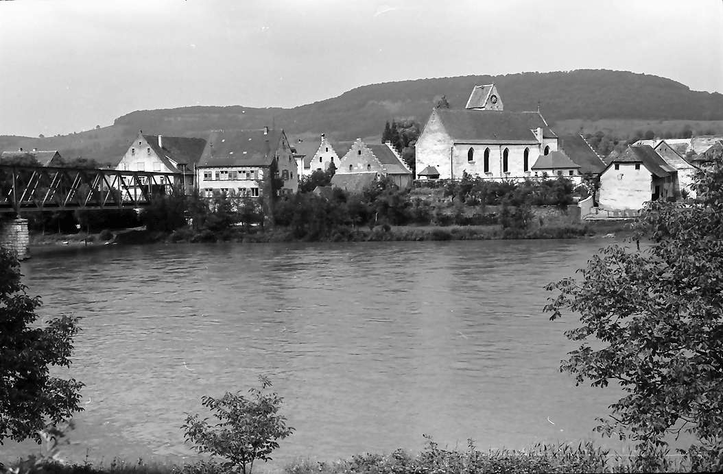 Rheinheim: Über den Rhein auf die Kirche Rheinheim, Bild 1