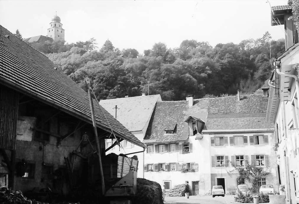 Stühlingen: Alte Häuser und Schloss (oben), Bild 1