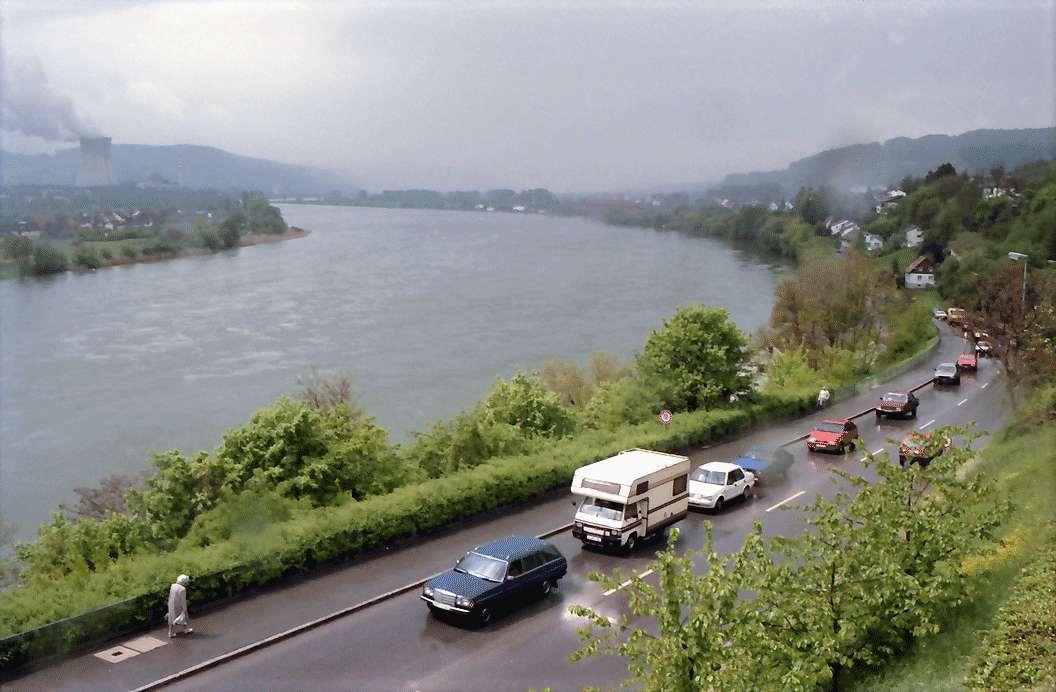 Waldshut: Rhein von der Terrasse des Landratsamtes, Bild 1