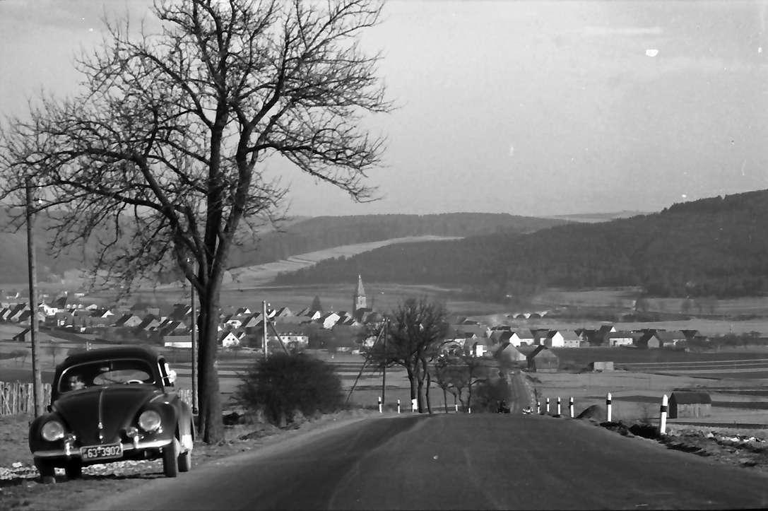 Geisingen: Blick von der Höhe auf die Stadt, Bild 1
