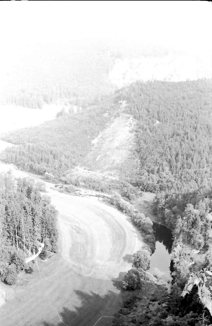 Beuron: Blick von oben ins Donautal bei Beuron, in andere Richtung, Bild 1