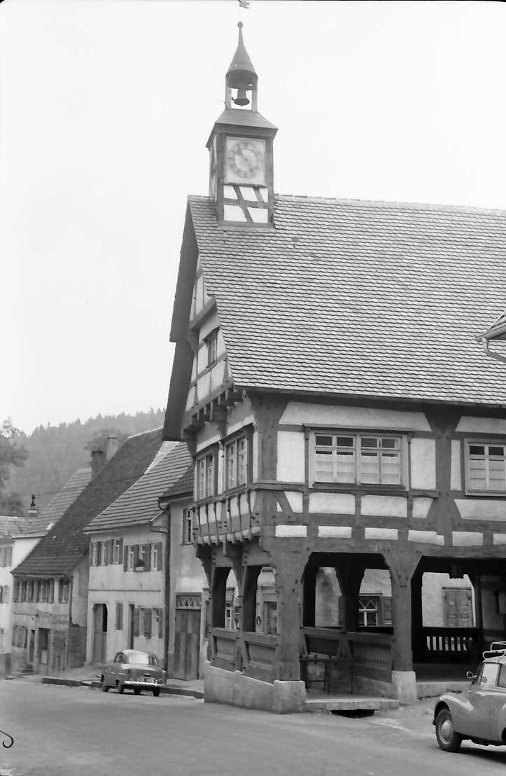 Mühlheim (Donau): Rathaus, seitlich, Bild 1