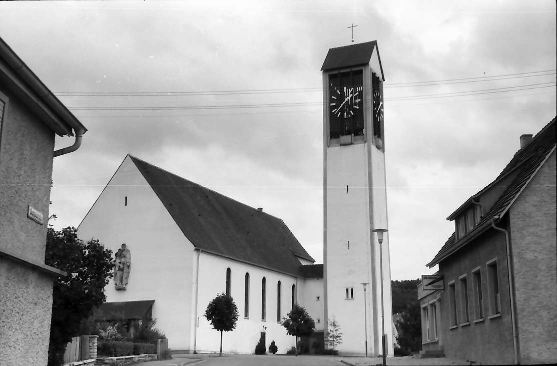 Blumberg: Neue Katholische Kirche, Bild 1