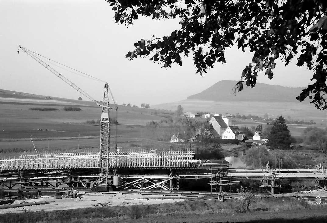Geisingen: Donaubrücke im Bau (B 31) bei Geisingen, Bild 1