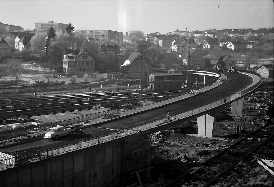 Donaueschingen: Neue Brücke über dem Bahnhof, Bild 1