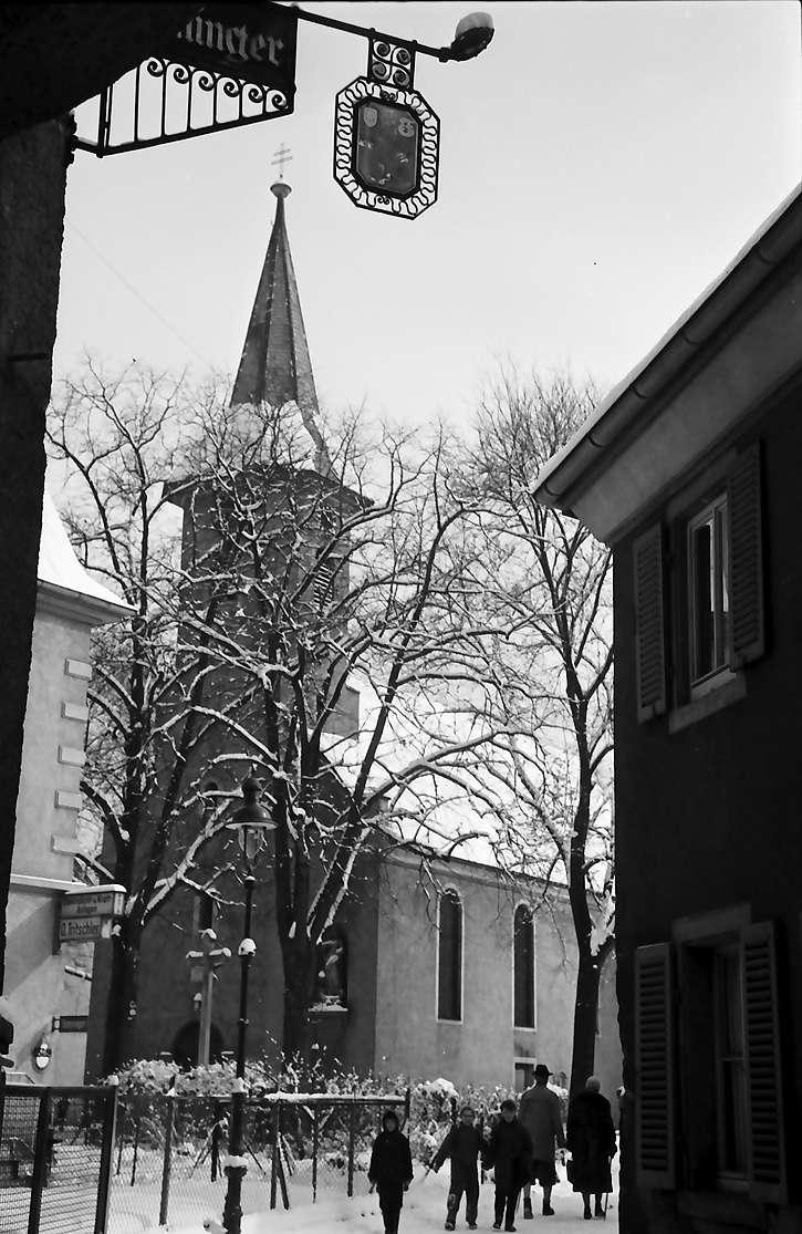 Freiburg, Wiehre: Annakirche im Schnee, Bild 1