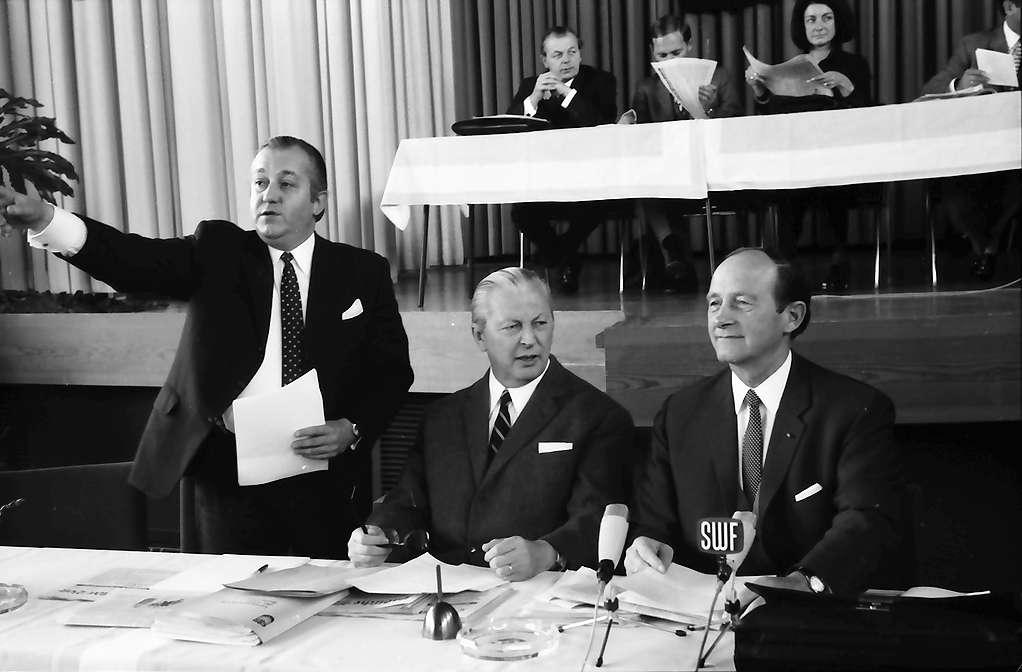 Hinterzarten: Kurhaus; Vorstandstisch CDU-Landesparteitag; Kiesinger - Filbinger, Bild 1