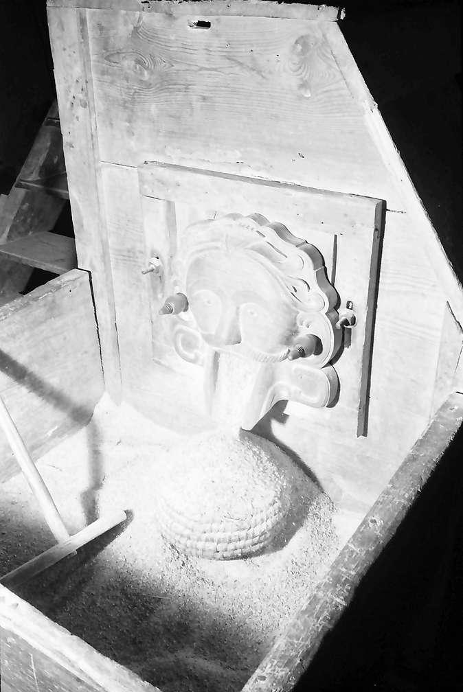 Gutach: Kopf des bösen Geistes an der Mühle, Bild 1