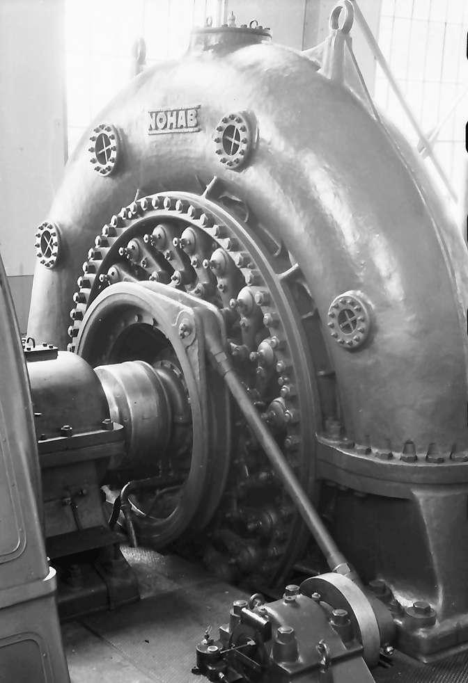 Eichholz: Kraftwerk, Turbine mit Steuerstange, Bild 1