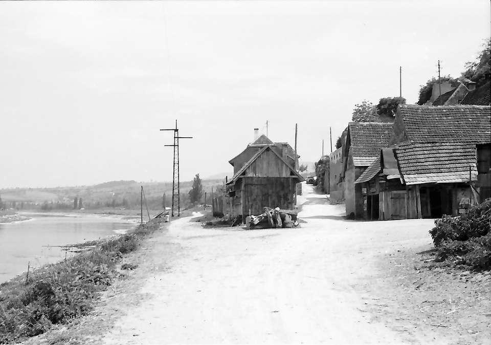 Rheinweiler, Bild 1
