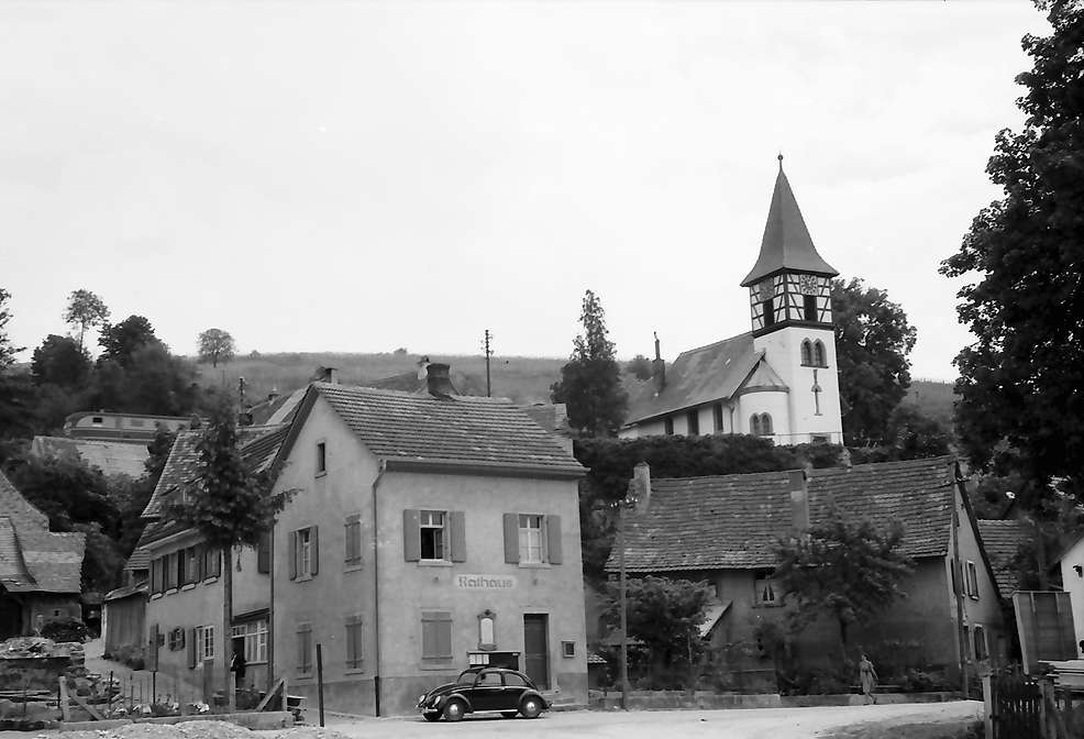 Kleinkems: Kirche, Bild 1