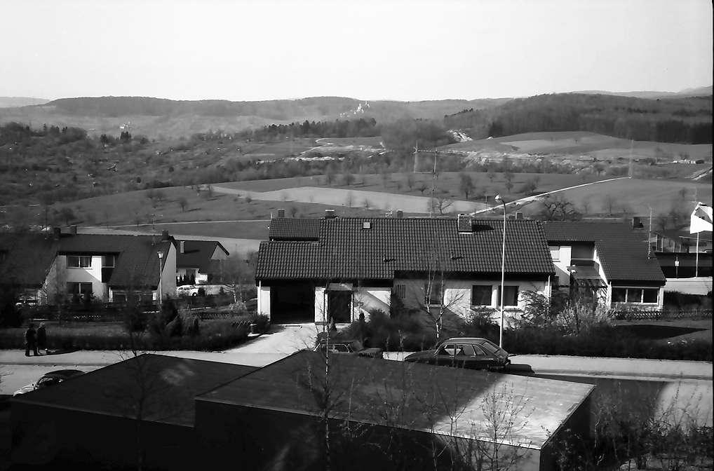 Lörrach, Salzert: Von oben auf die Siedlungshäuser, Richtung Norden, Bild 1