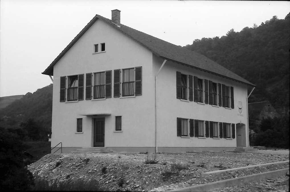 Kleinkems: Neues Rathaus, Bild 1