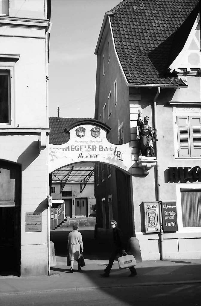 Lörrach, Tüllingen: Tor zum ..., Jazzkeller, Bild 1