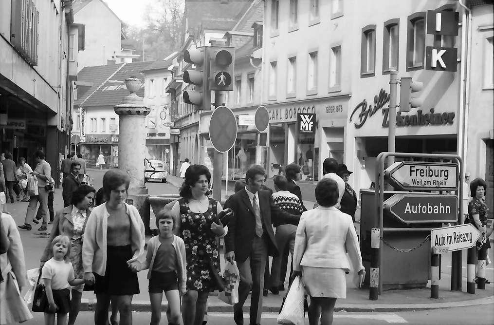 Lörrach, Tüllingen: Kreuzung Turmstraße, Bild 1