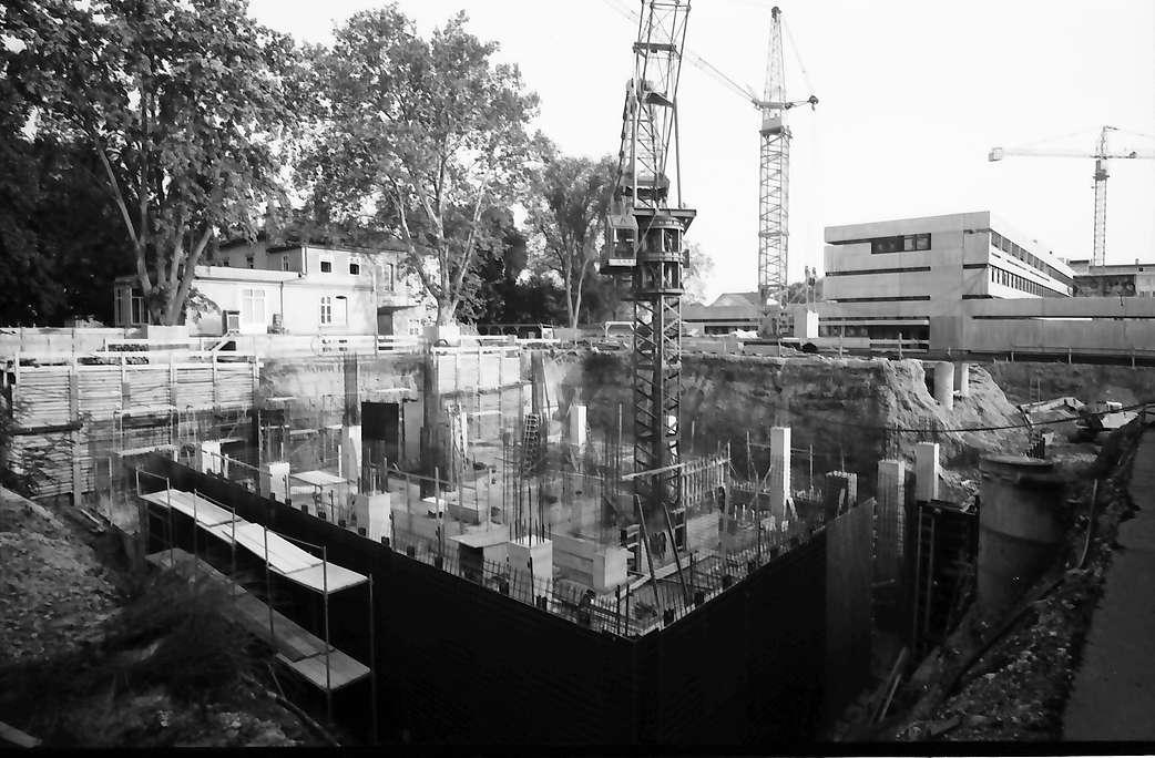 Lörrach: Baugrube für Neues Rathaus und Postamtneubau, Bild 1