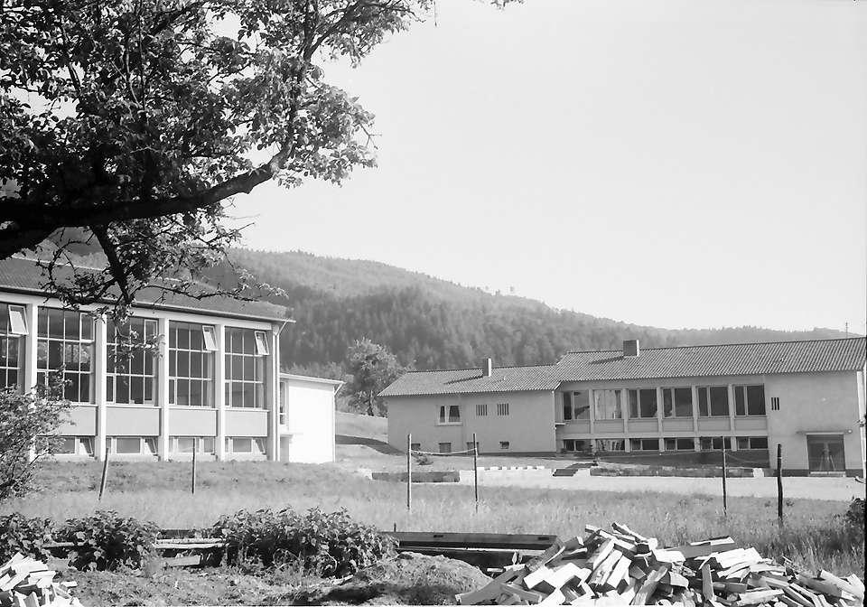 Weitenau: Neue Schule, Bild 1