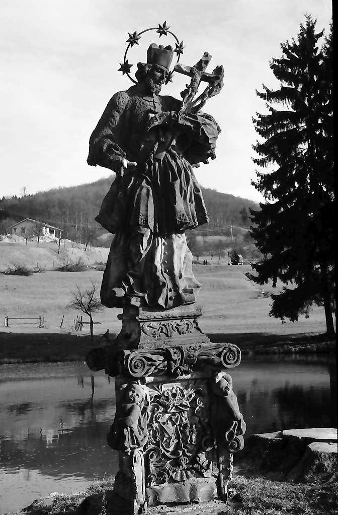 Inzlingen: Wasserschloss, Nepomuk, Bild 1