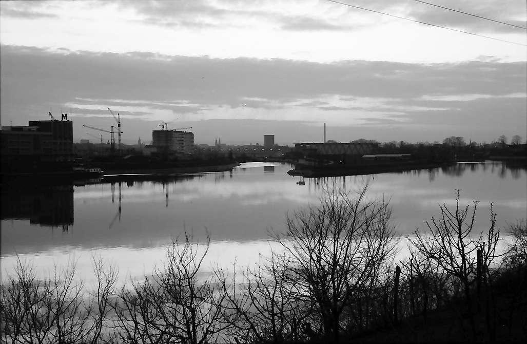Grenzach: Hafen Birsfelden am Abend, Bild 1