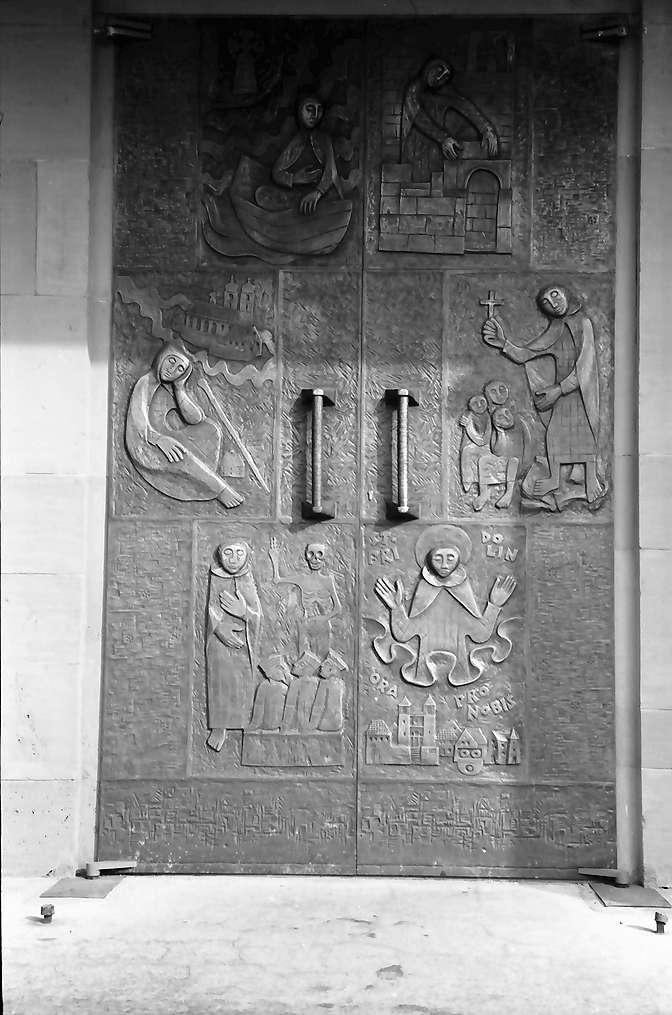 Lörrach: Bronzetür, von Ehrlich, an der St. Fridolinskirche, Bild 1