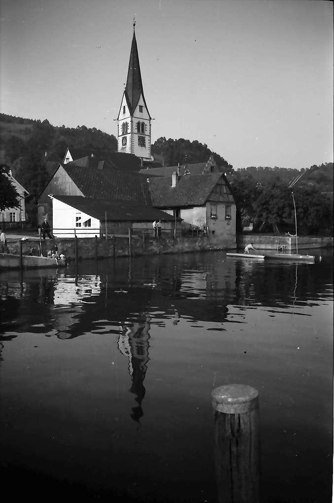 Sipplingen: Häuser und Kirchturm am See, Bild 1
