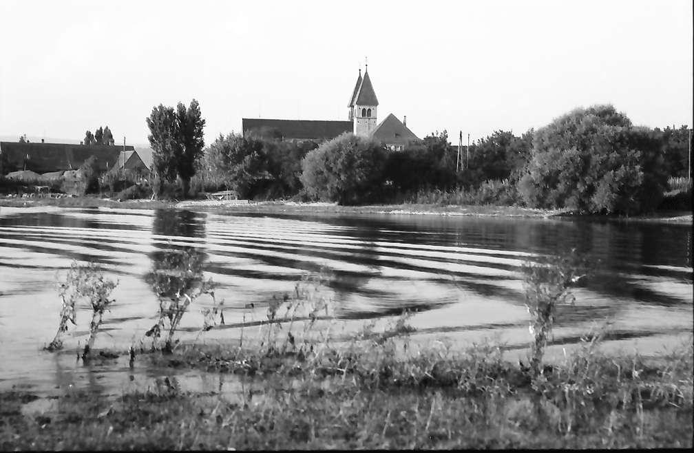 Unterzell: Über den See, Bild 1