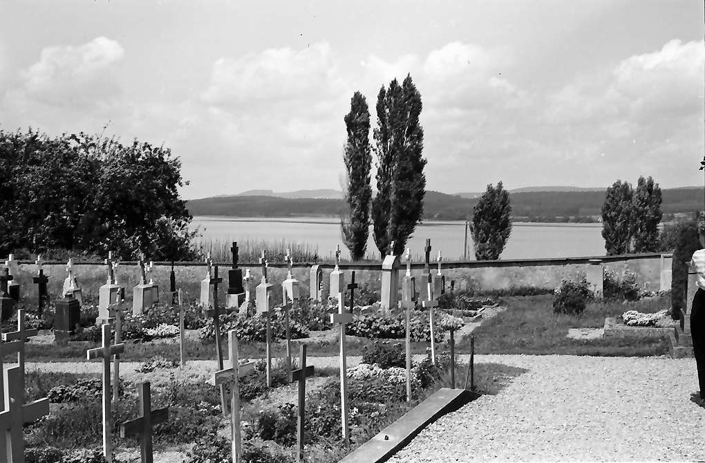 Insel Reichenau: Friedhof Unterzell, Bild 1
