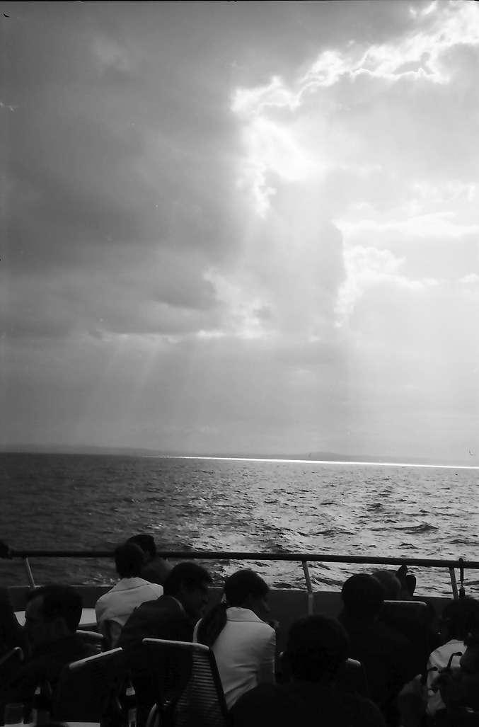 Hagnau: Gewitterstimmung über dem See (Schiffsheck), Bild 1