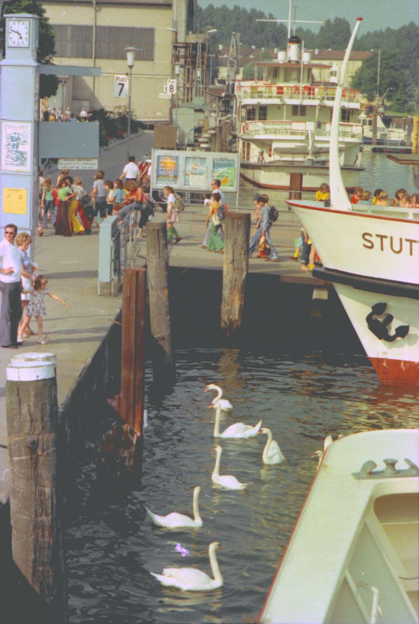 Friedrichshafen: An der Schiffslände, Bild 1