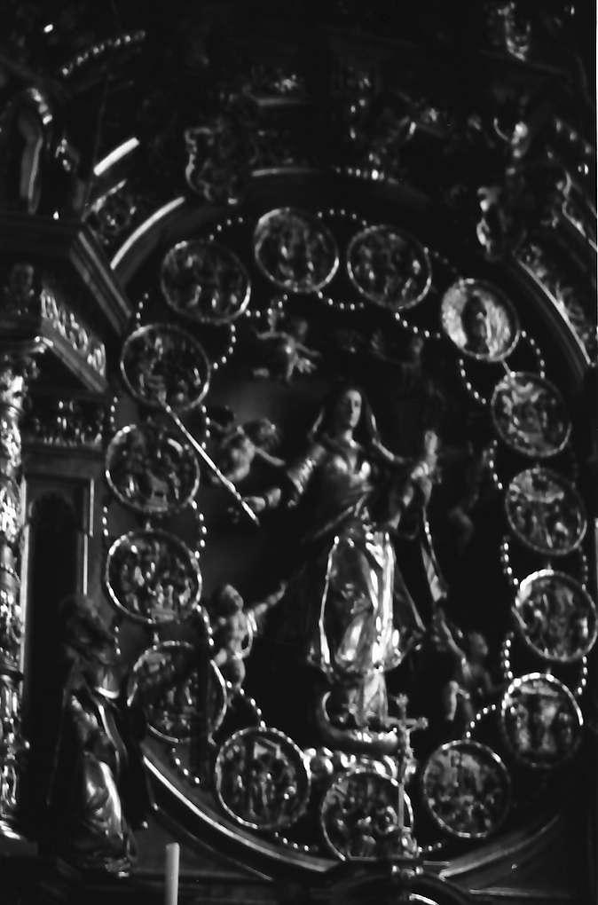 Überlingen: St. Nikolaus Münster, innen, Rosenkranzaltar, Martin und David Zürn, 1645, Bild 1